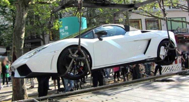 konfiskuotu automobiliu aukcionai1